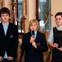 6-szkolakatolicka-chrystuswgaleziachdrzew-wystawa-r-krawca