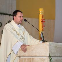 01620180525-ks. Jacek wraz z kolegami dziękuje za Dar Kapłaństwa