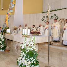 05820180525-ks. Jacek wraz z kolegami dziękuje za Dar Kapłaństwa
