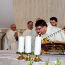 04320180525-ks. Jacek wraz z kolegami dziękuje za Dar Kapłaństwa