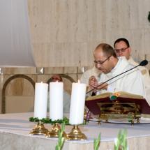04720180525-ks. Jacek wraz z kolegami dziękuje za Dar Kapłaństwa